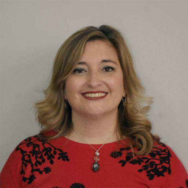 C.P.N Eva Victoria MERCADO - Secretaria Administrativa Financiera